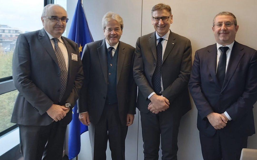 """Presentato a Bruxelles il """"Manifesto per una nuova Europa"""" e i 19 Dossier sui temi nei quali la cooperazione è attualmente impegnata"""